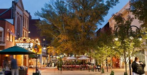 Charlottesville Virginia downtown mall
