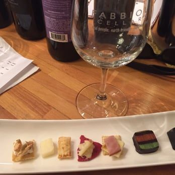 Fabbioli Cellars food and wine pairings